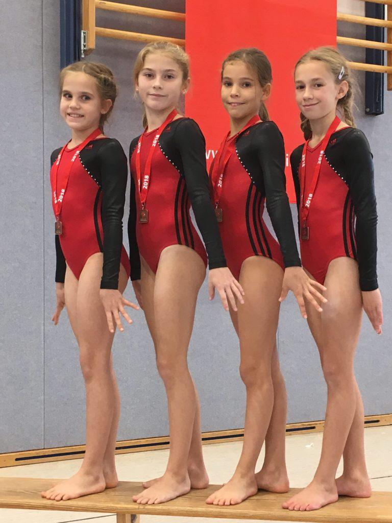 Platz 5, 7 und 8 bei den Landesfinalwettkämpfen der Turnerinnen